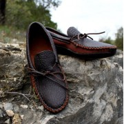 Men's 2-Tone Chocolate With Bull Hide Canoe Sole